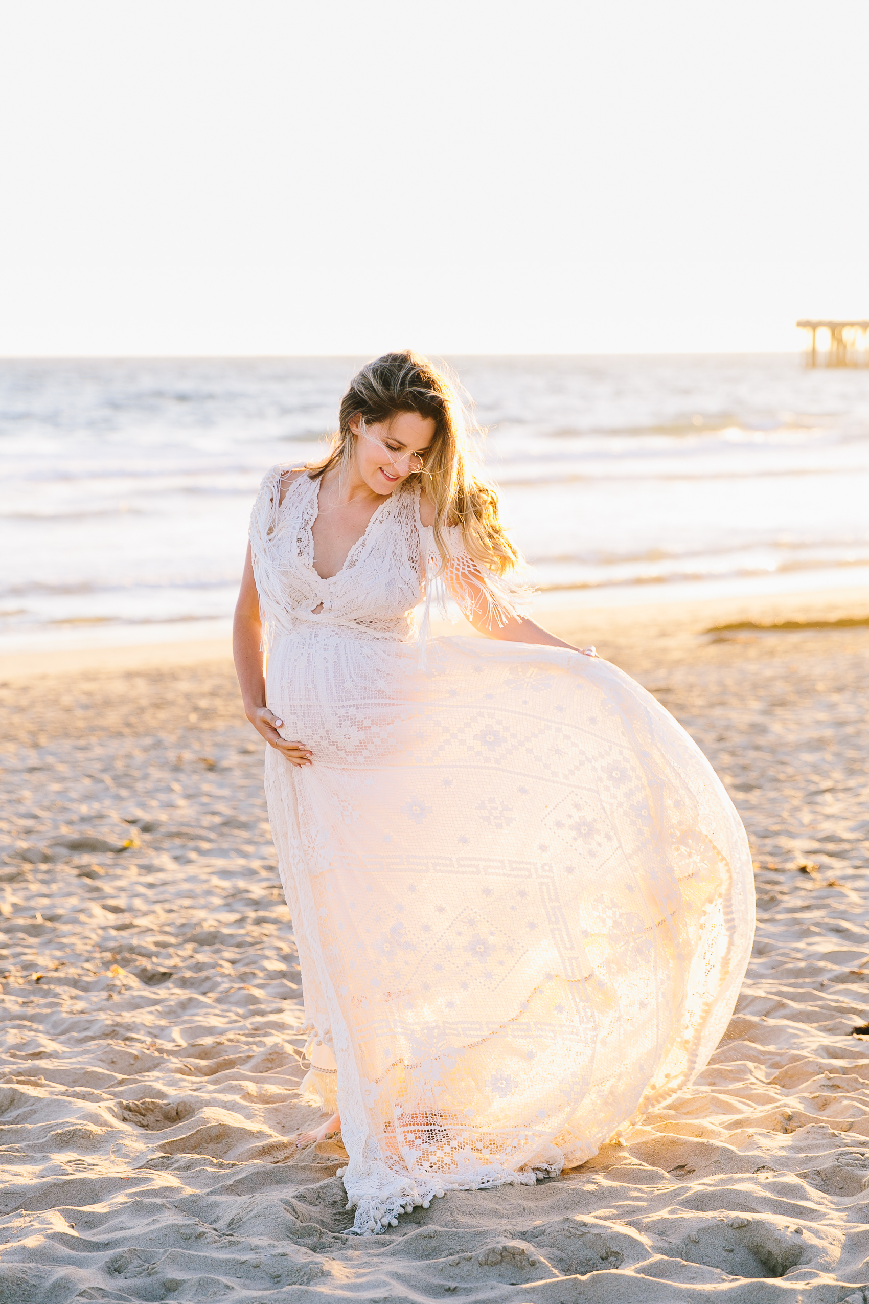 Los_Angeles_Family_Photographer_Maternity_Photos_Baby_Pregnancy_Venice_Beach_Golden_Hour-0866.jpg
