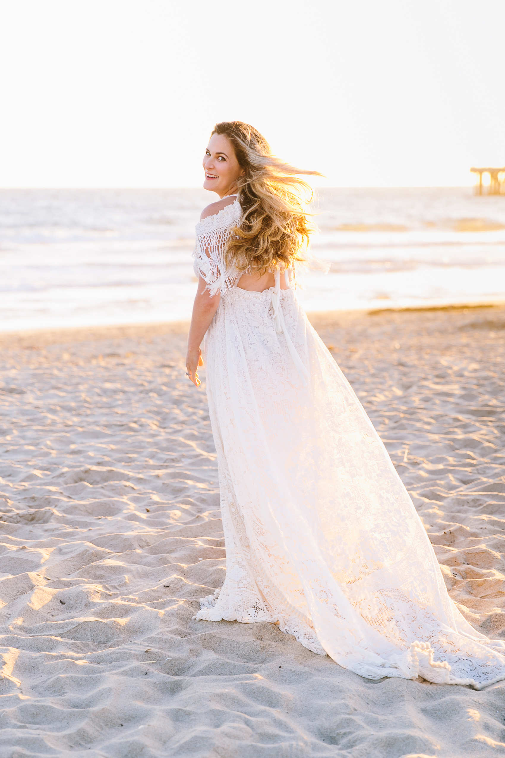 Los_Angeles_Family_Photographer_Maternity_Photos_Baby_Pregnancy_Venice_Beach_Golden_Hour-1003.jpg