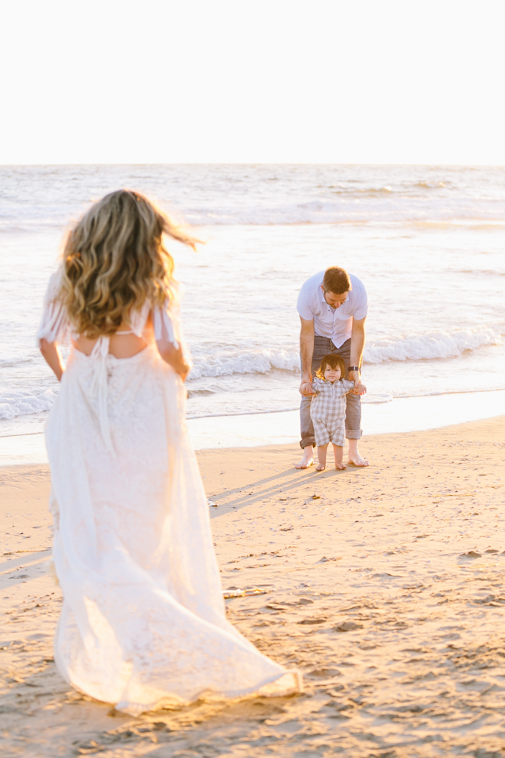 Los_Angeles_Family_Photographer_Maternity_Photos_Baby_Pregnancy_Venice_Beach_Golden_Hour-1014.jpg