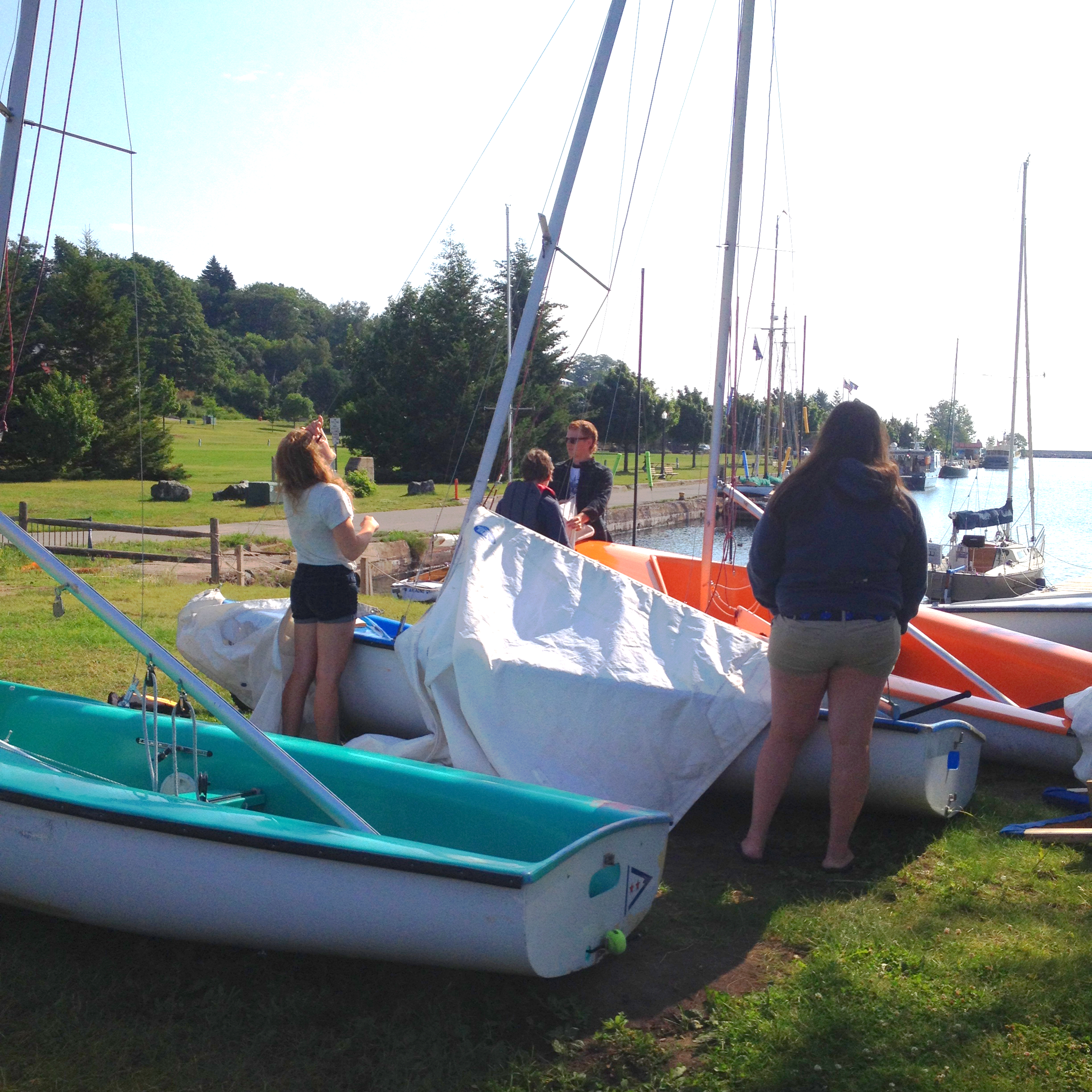 Students set up FJ's in preparation to head out sailing!