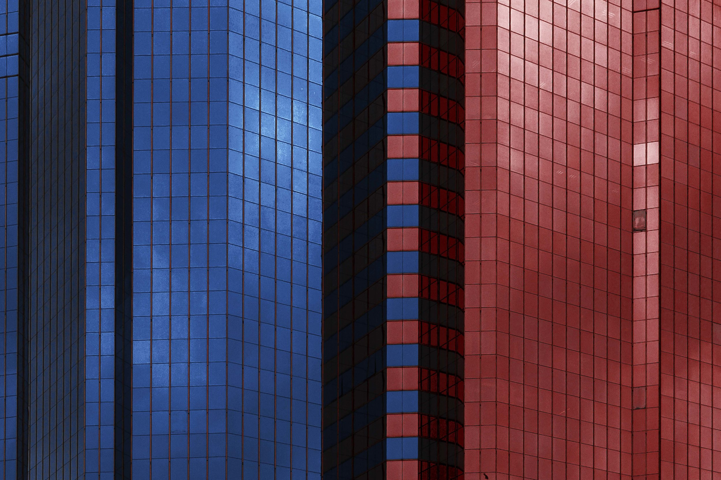 Divide, 2017  香港  24mm f/2.8 1/2000 sec ISO 125