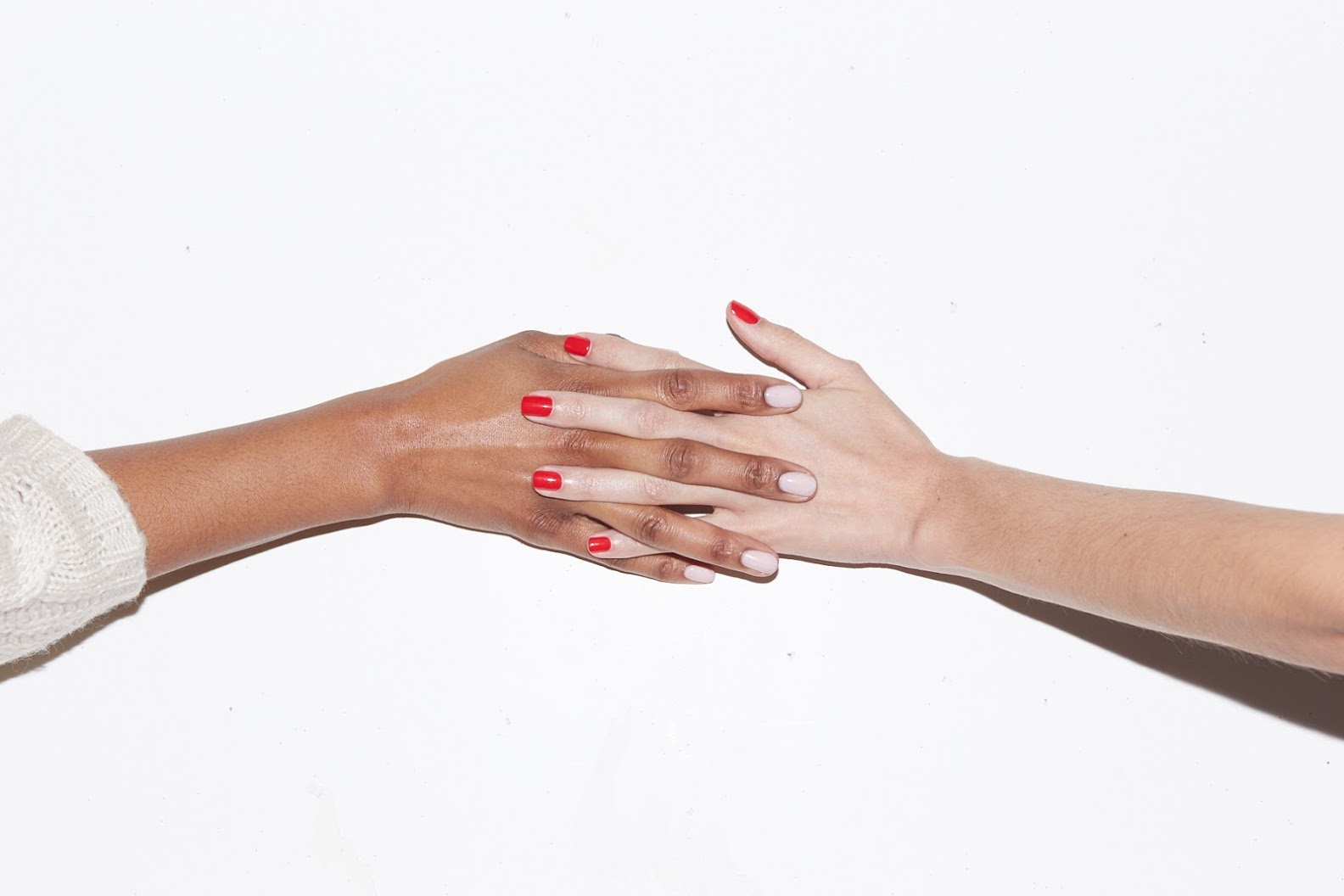Gel Couture - for essie's new line of nailpolish, we were tasked to create a video and content to promote and excite essie's fan base about the new at-home gel product. Branding for this product was aimed to the older more sophisticated essie fan.