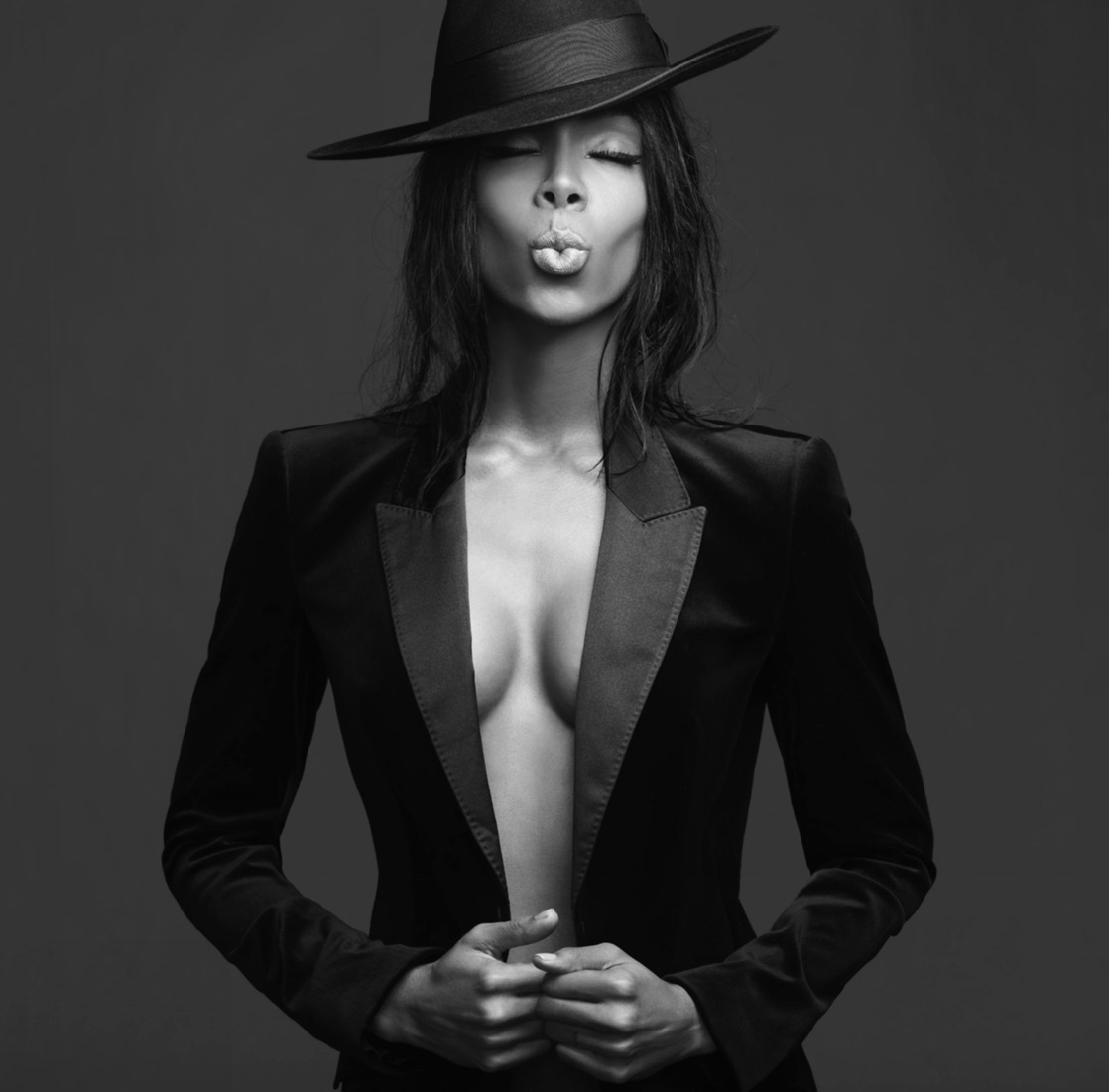 KELLY ROWLAND  ALBUM ART