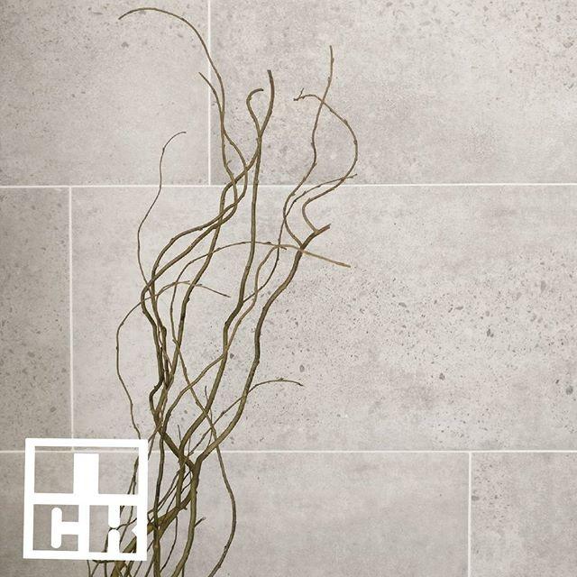Concrete-like ceramic wall tiles  #nckceramic #guocera #rectangle #pattern #patterntiles #ihavethisthingwithtiles #tileaddiction #walltiles #decortiles #shadesofgrey #grey #interiordesign #interiordesignmalaysia #instahome #instadecor #instamood #designinspiration #designaddict #hexagon #porcelain #tilecrush #tileaddiction #patterntiles #walltiles #finishings #concrete
