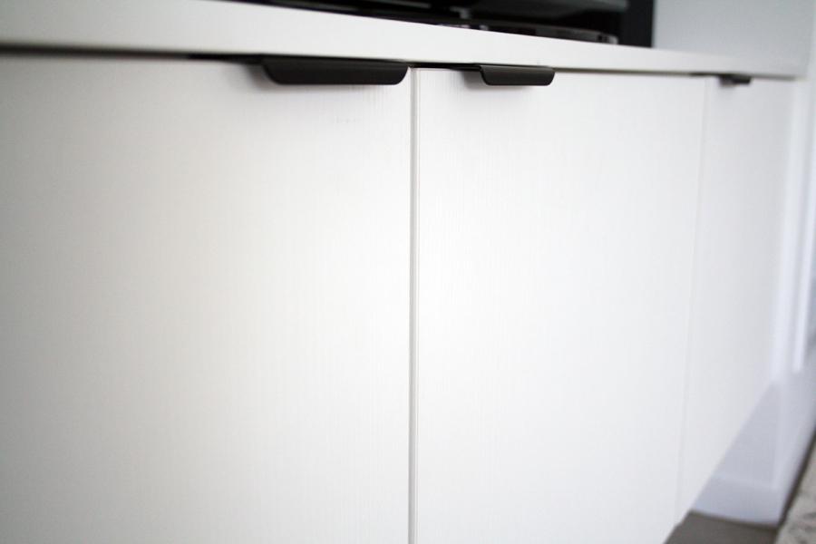tv floating cbnet sml.jpg