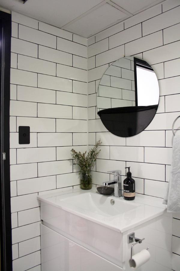 Bathroom sml.jpg
