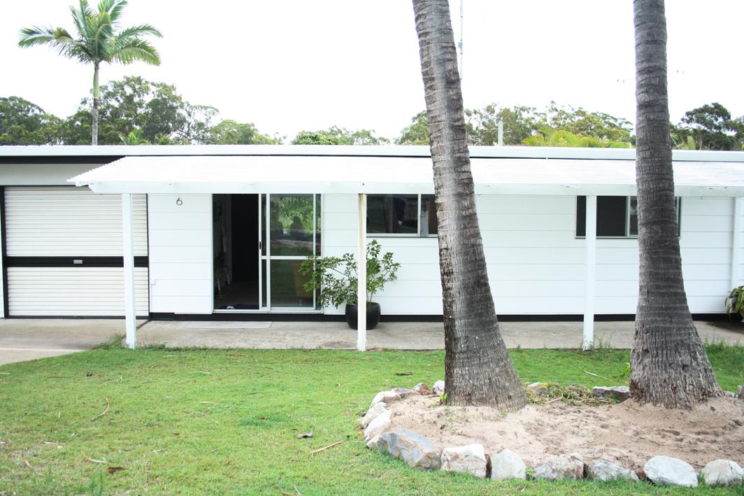Palm Tree Lodge AirBNB 10 sml.jpg