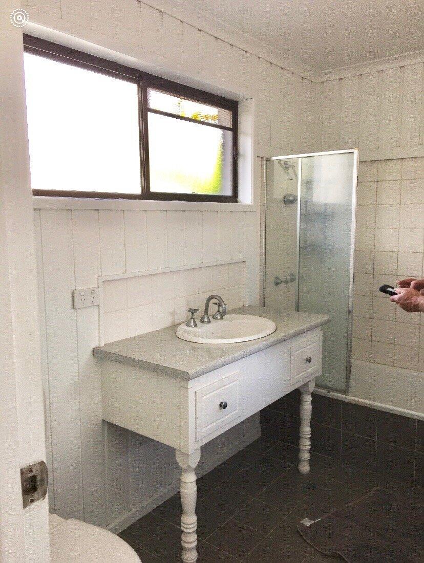 Renee Bathroom Before.JPG