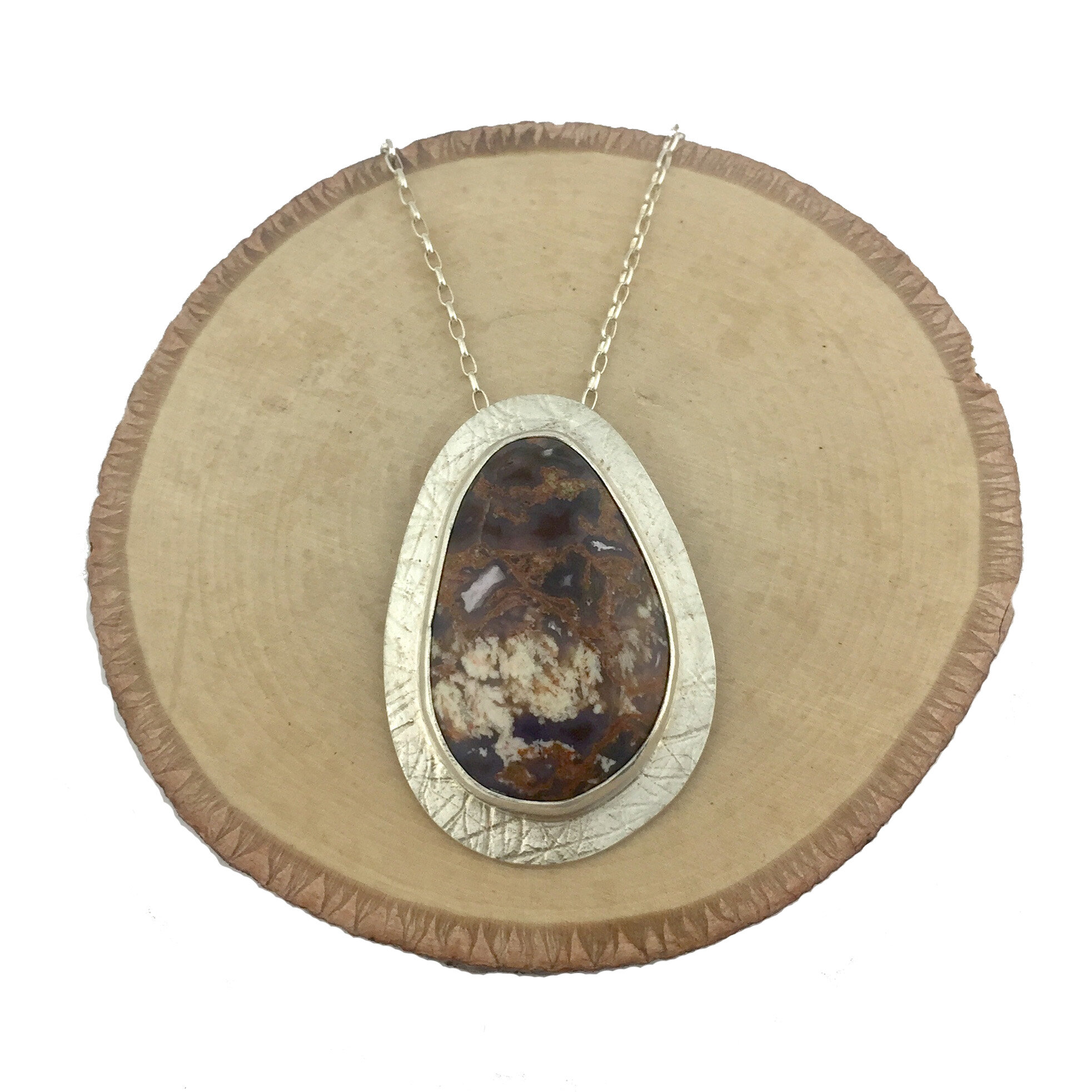 Fine cut antique Agate for jewellery