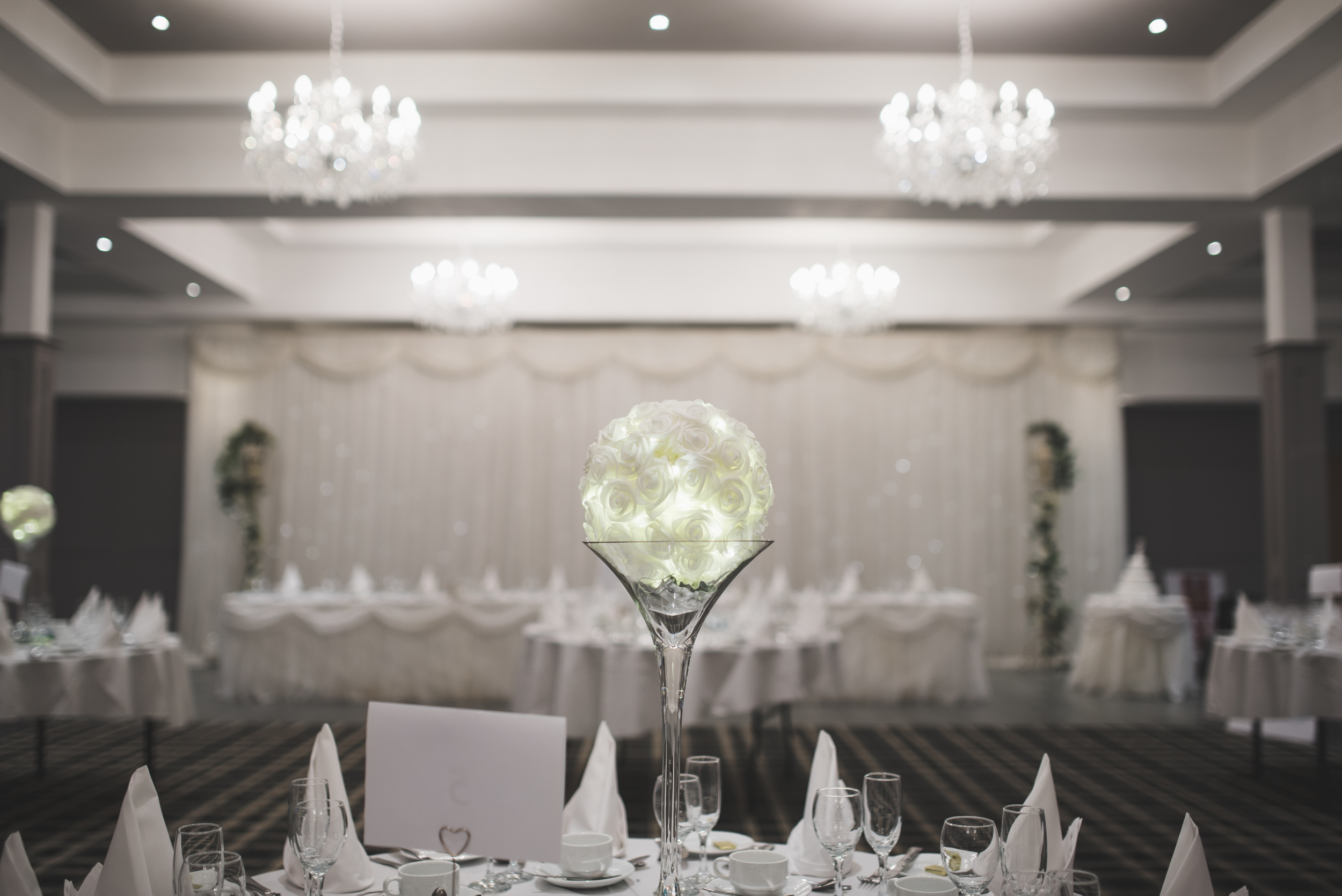 As is usual the Loughshore Suite looked amazing thanks too Over The Moon Wedding & Event Stylists.