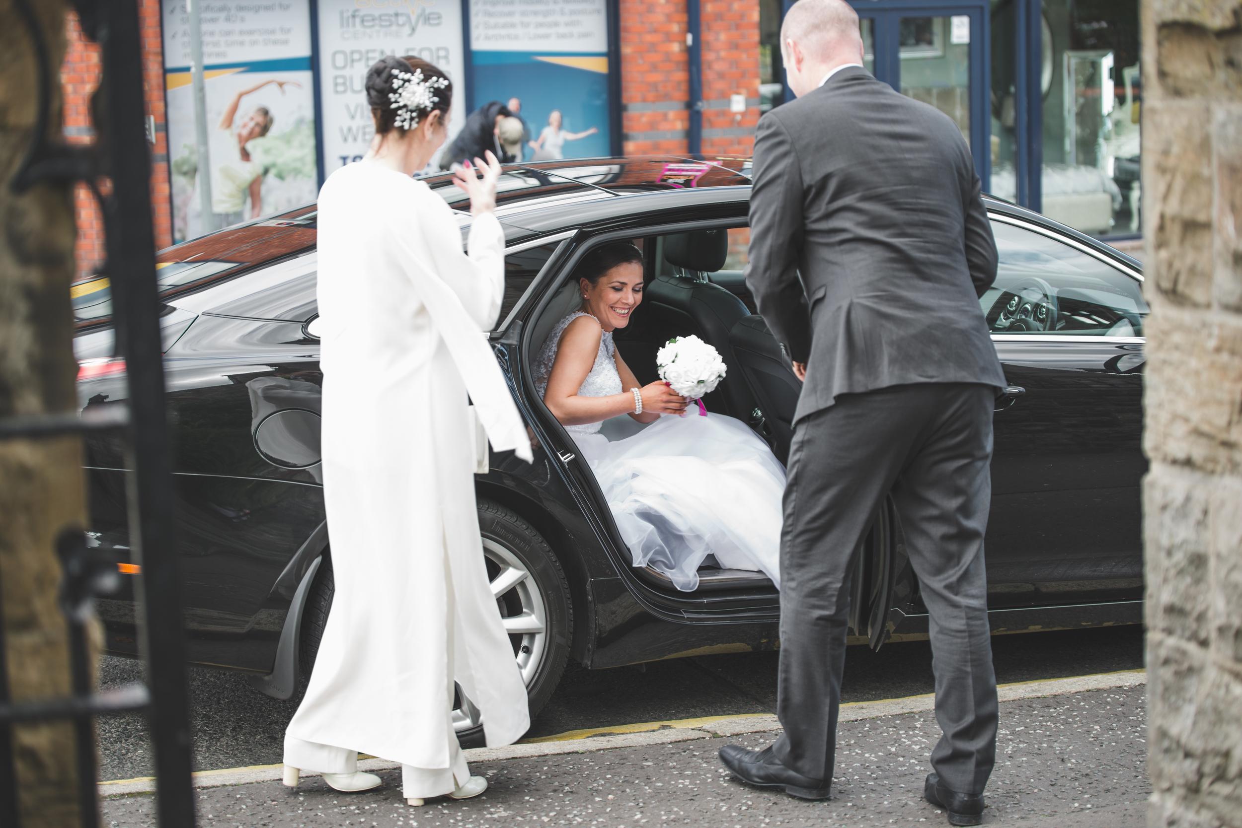Lisburn_Wedding_Photographer_Purephotoni_St_Patricks_Bride_Car