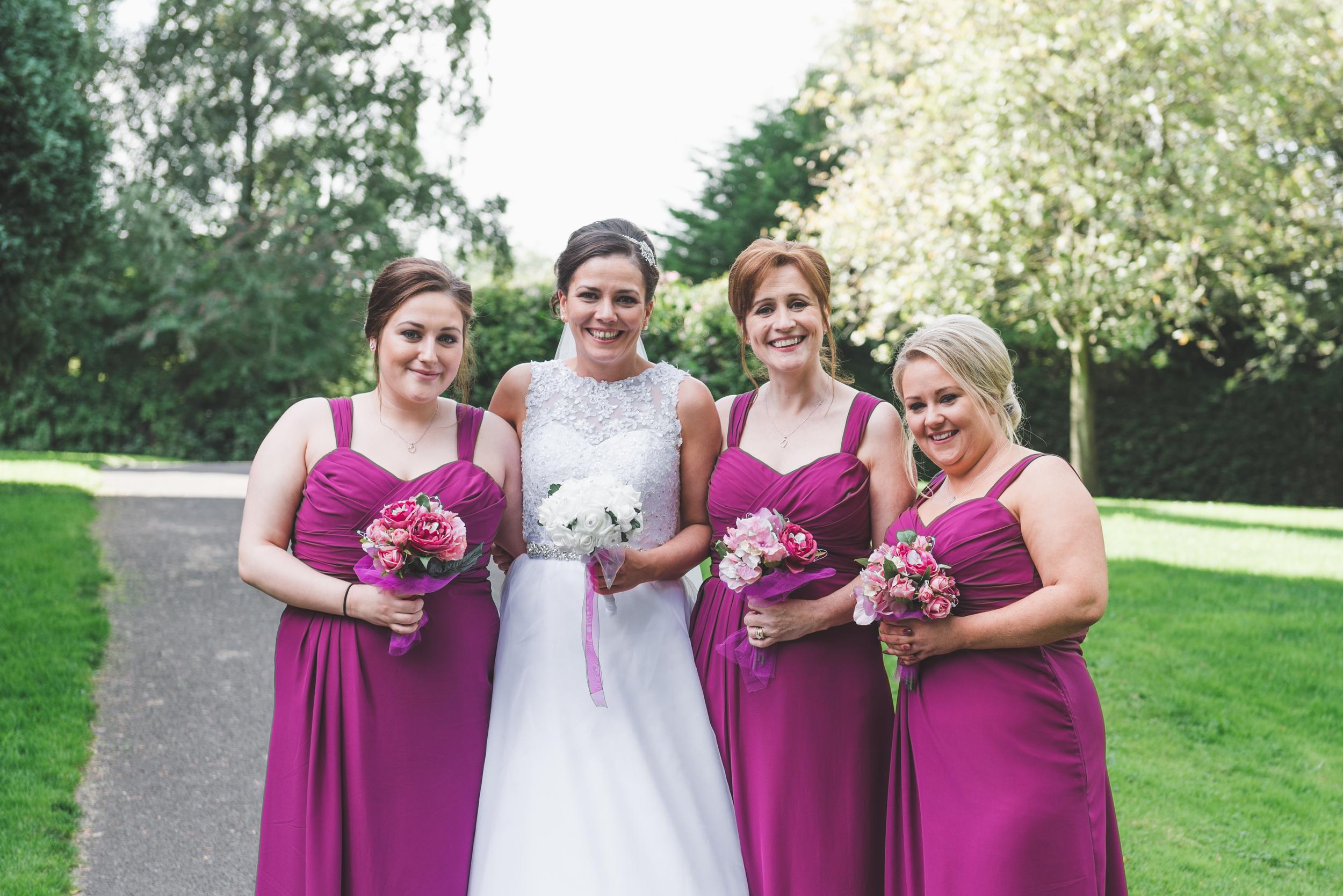 Belfast_Wedding_Photographer_Purephotoni_Musgrave_Park_Bride_Bridesmaids