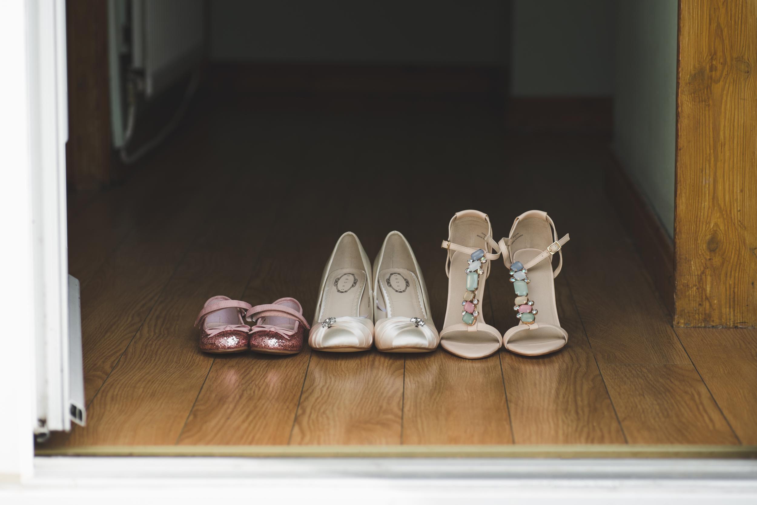 Belfast_Wedding_Photographer_Purephotoni_Weavers_Lodge_Bridal_Shoes