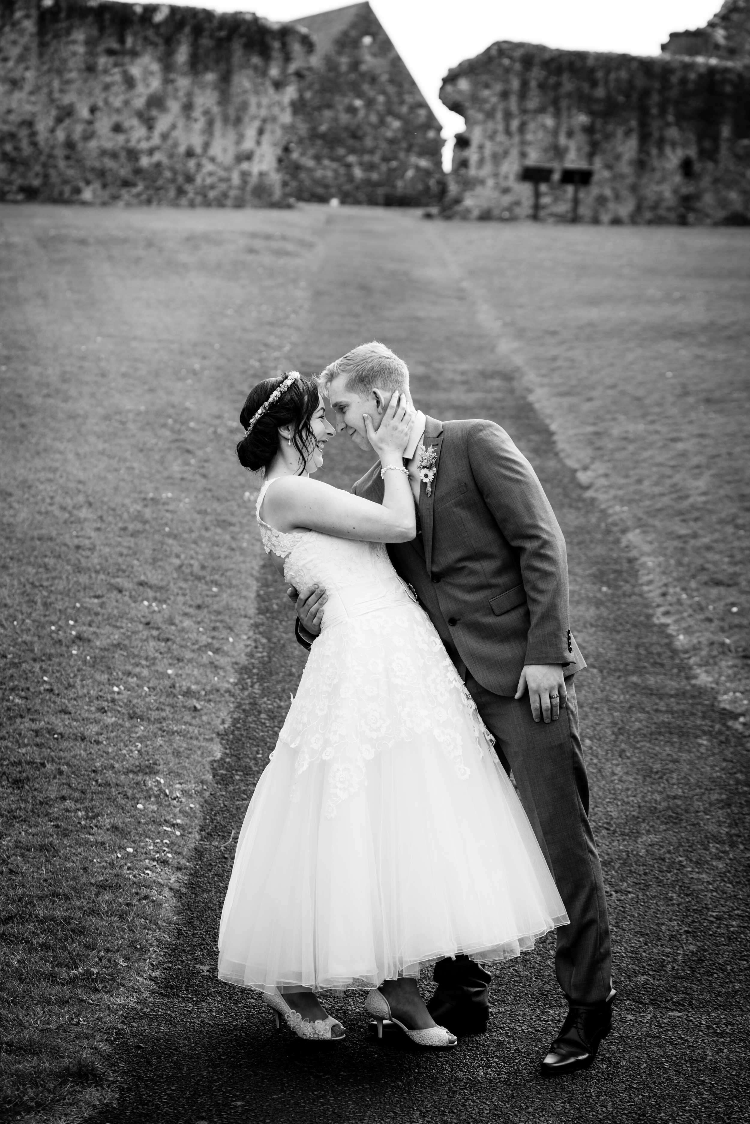 Northern_Ireland_Wedding_Photographer_Pure_Photo_NI_Dunluce_Castle_Shauna_and_Lewis_Bride_and_Groom