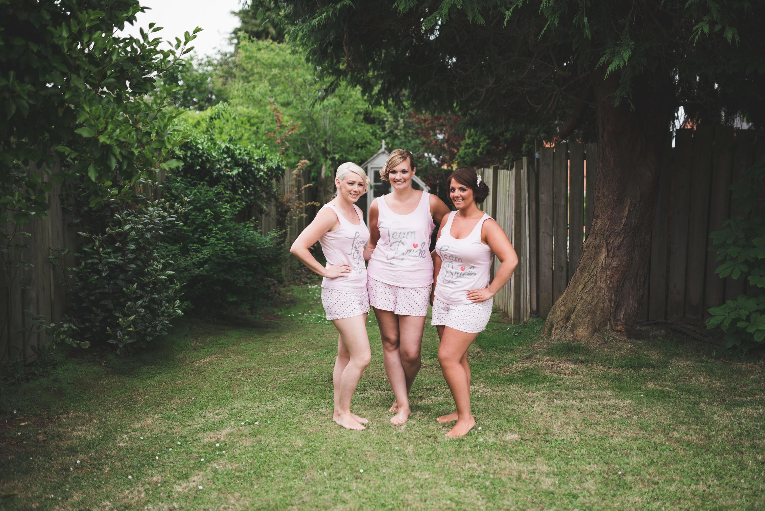 Ballymac_hotel_wedding_lisburn_bridesmaids_getting_ready