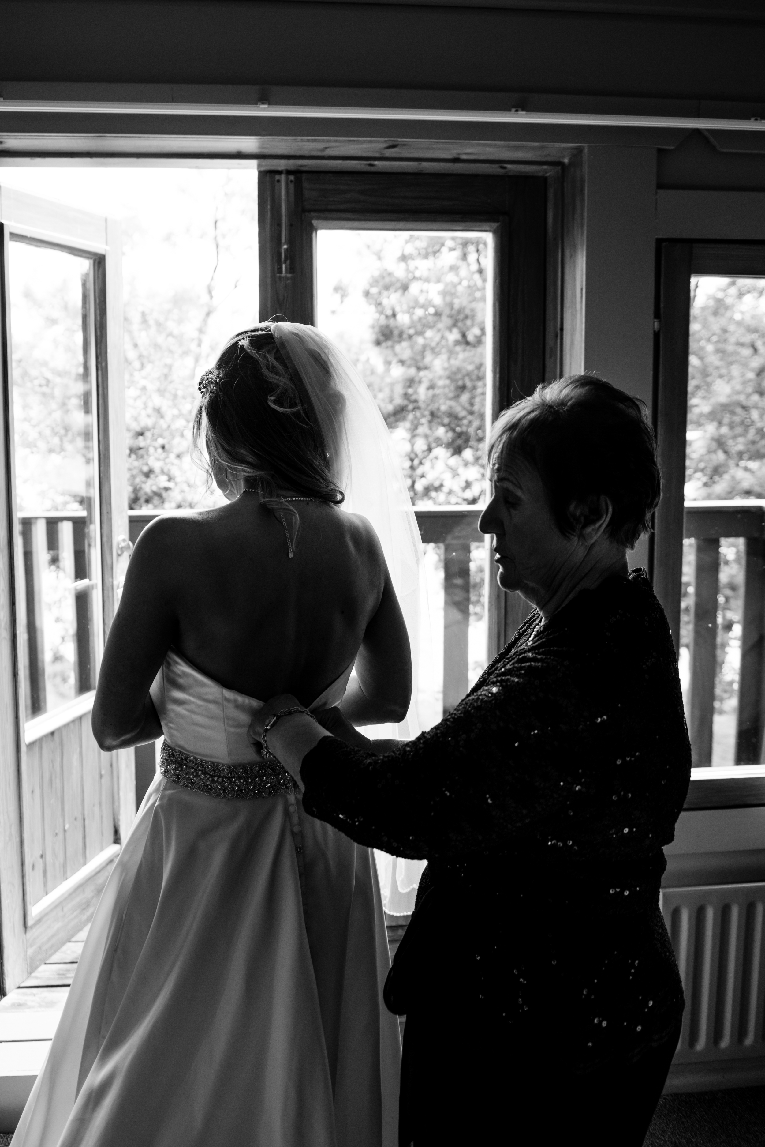 Lusty Beg Island Wedding Photographers Pure Photo N.I Bride ready