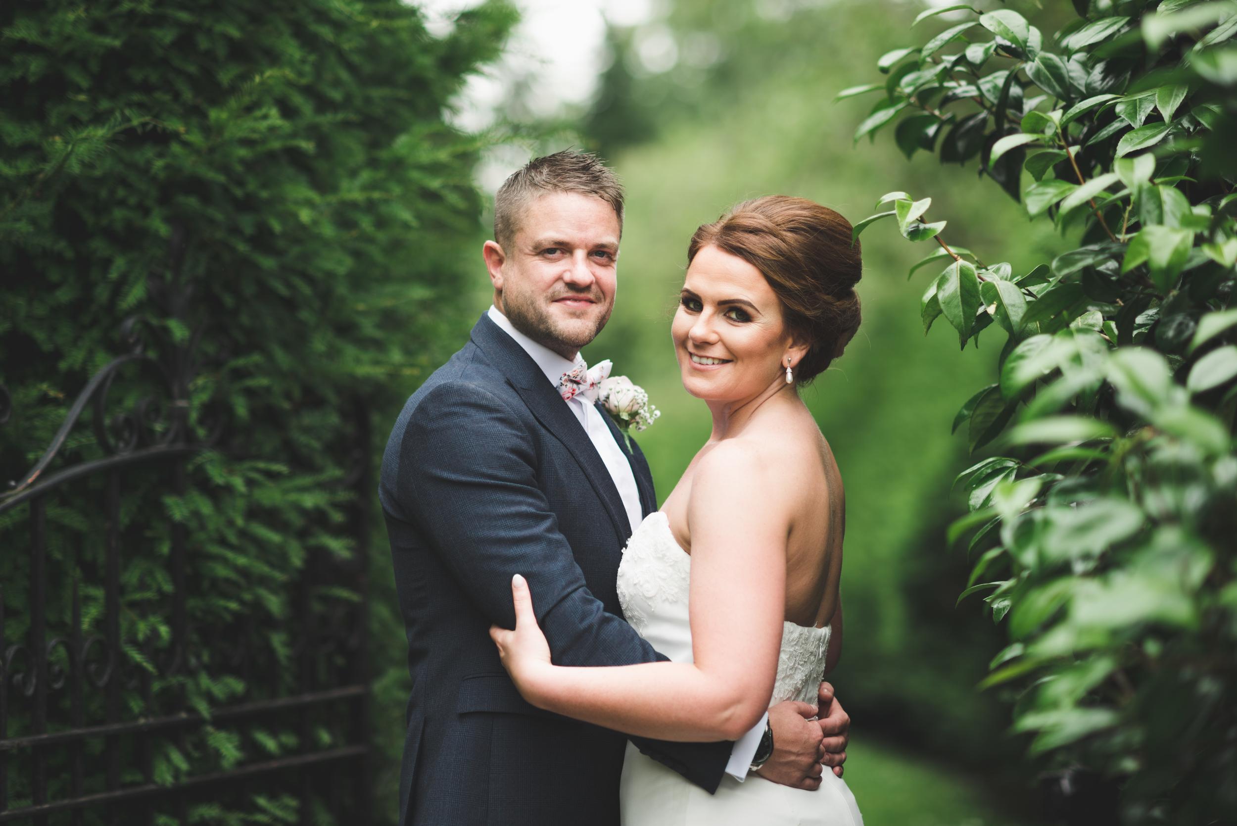 Northern Ireland Wedding Photographer purephotoni Sir Thomas and lady dixons park bride groom portrait