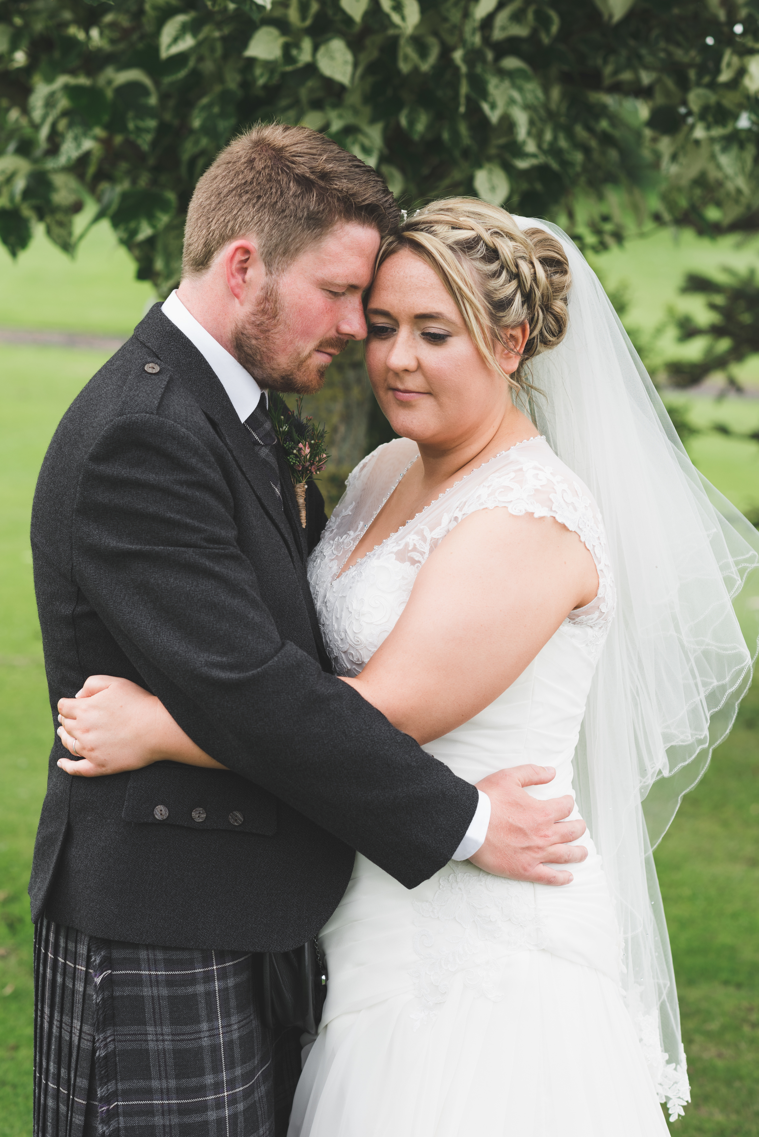 Lisburn Wedding Photographer Pure Photo N.I Edenmore Country Club groom bride portrait