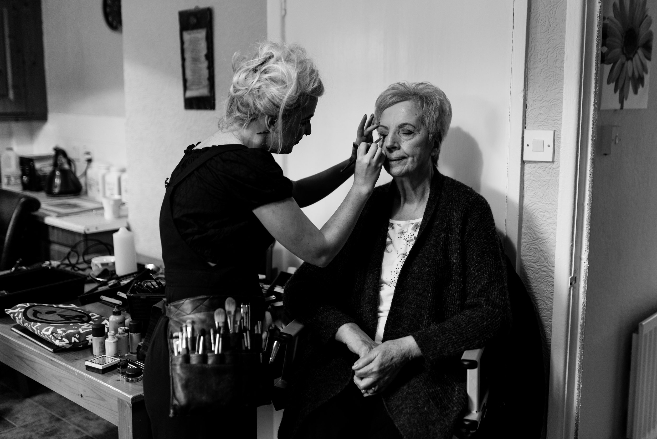 belfast wedding photographer pure photo n.i mother of the bride make up