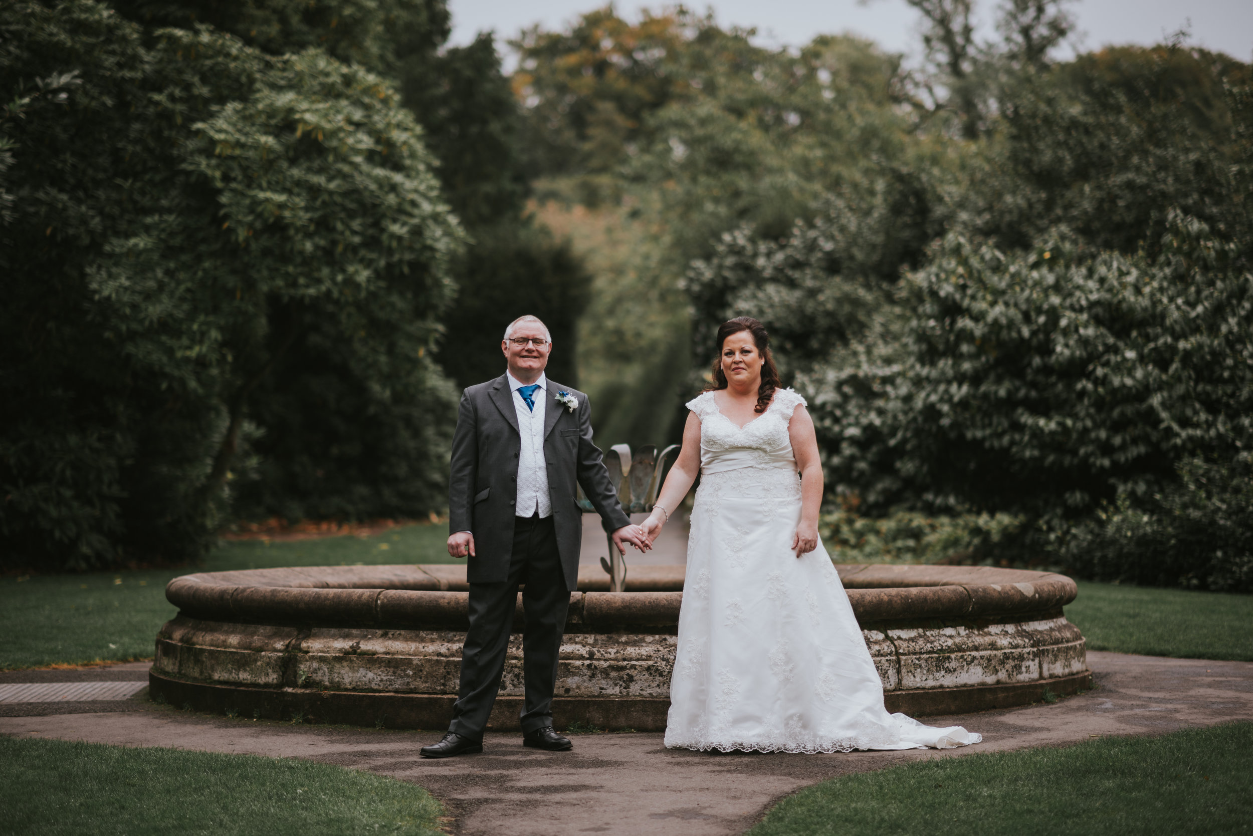Lady dixon park belfast wedding photographer pure photo n.i bride and groom portraits
