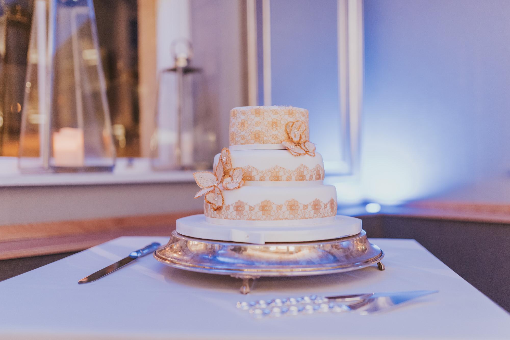 wedding photographer belfast ten square cake