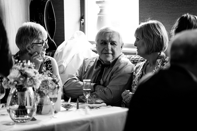 Northern_Ireland_wedding_photographer_guests