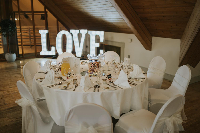 wedding photos at the Templeton Hotel 88