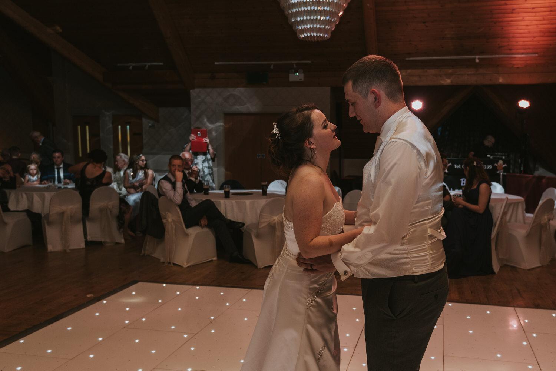wedding photos at the Templeton Hotel 98