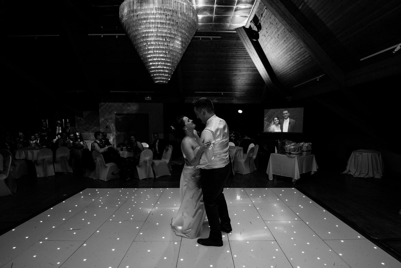 wedding photos at the Templeton Hotel 100