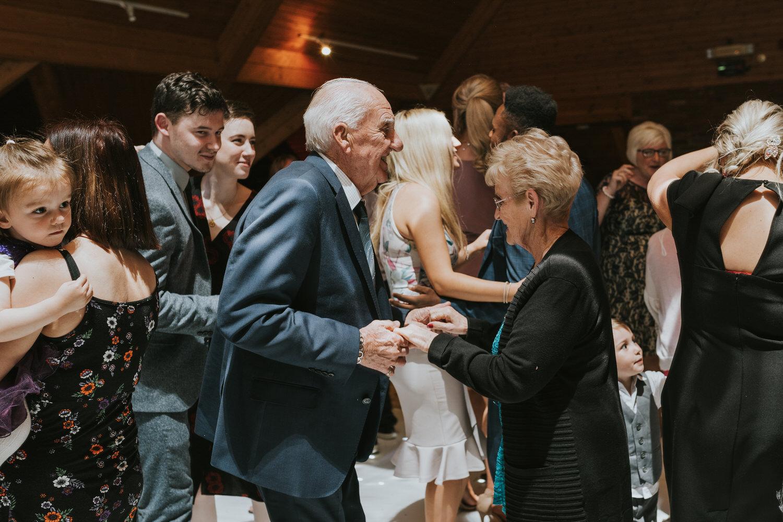 wedding photos at the Templeton Hotel 104