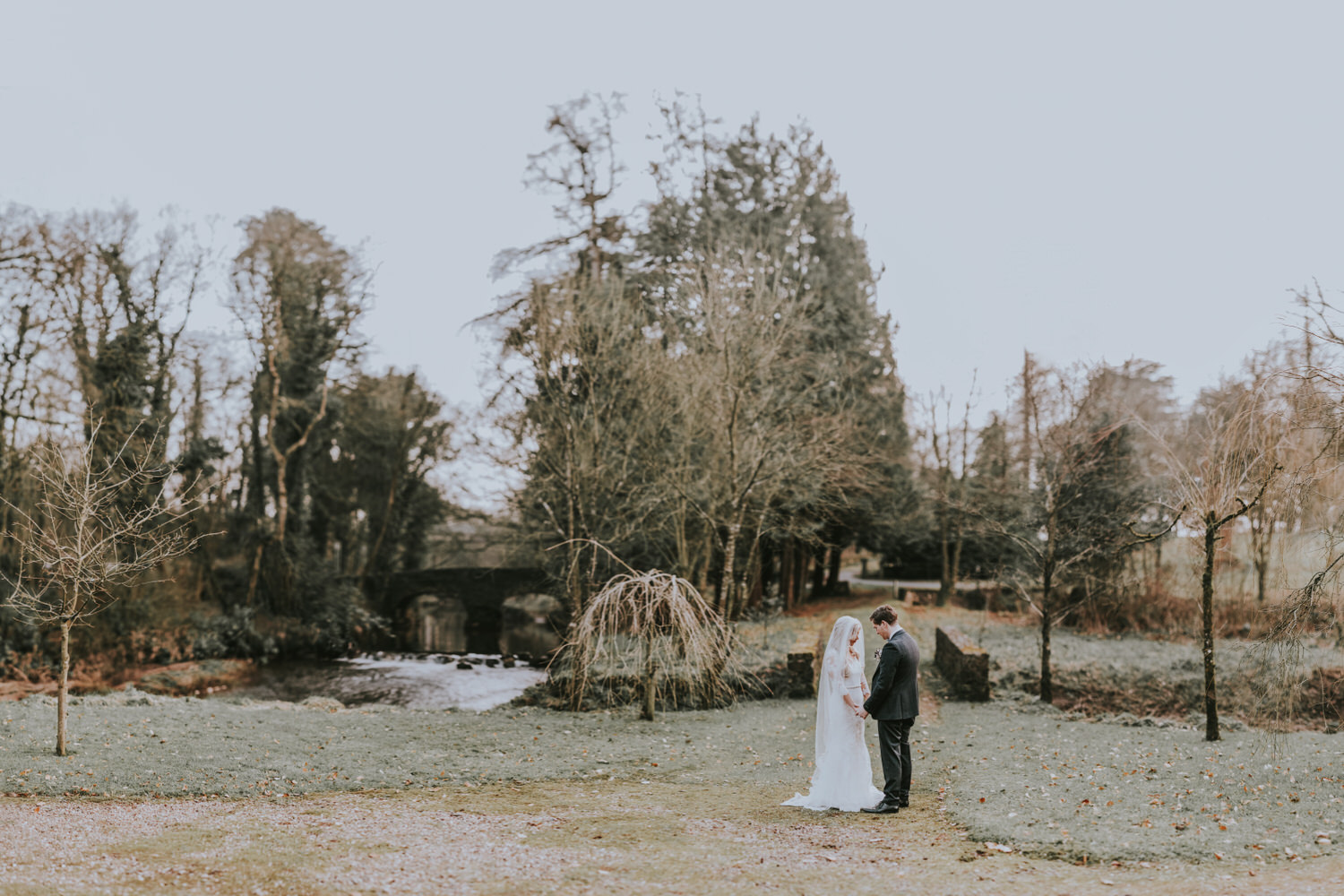 wedding venues with beautiful grounds