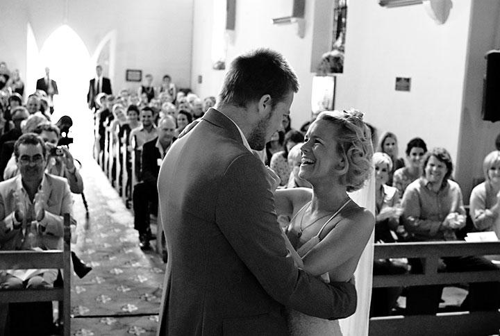 Wedding Photography Melbourne, Tony Marin, altar, kiss