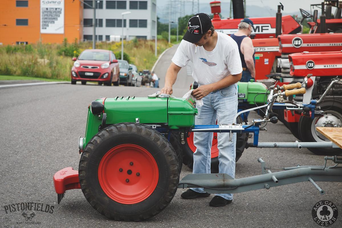 2016-07-31_Ace_Traktoren-Einachser-17.JPG