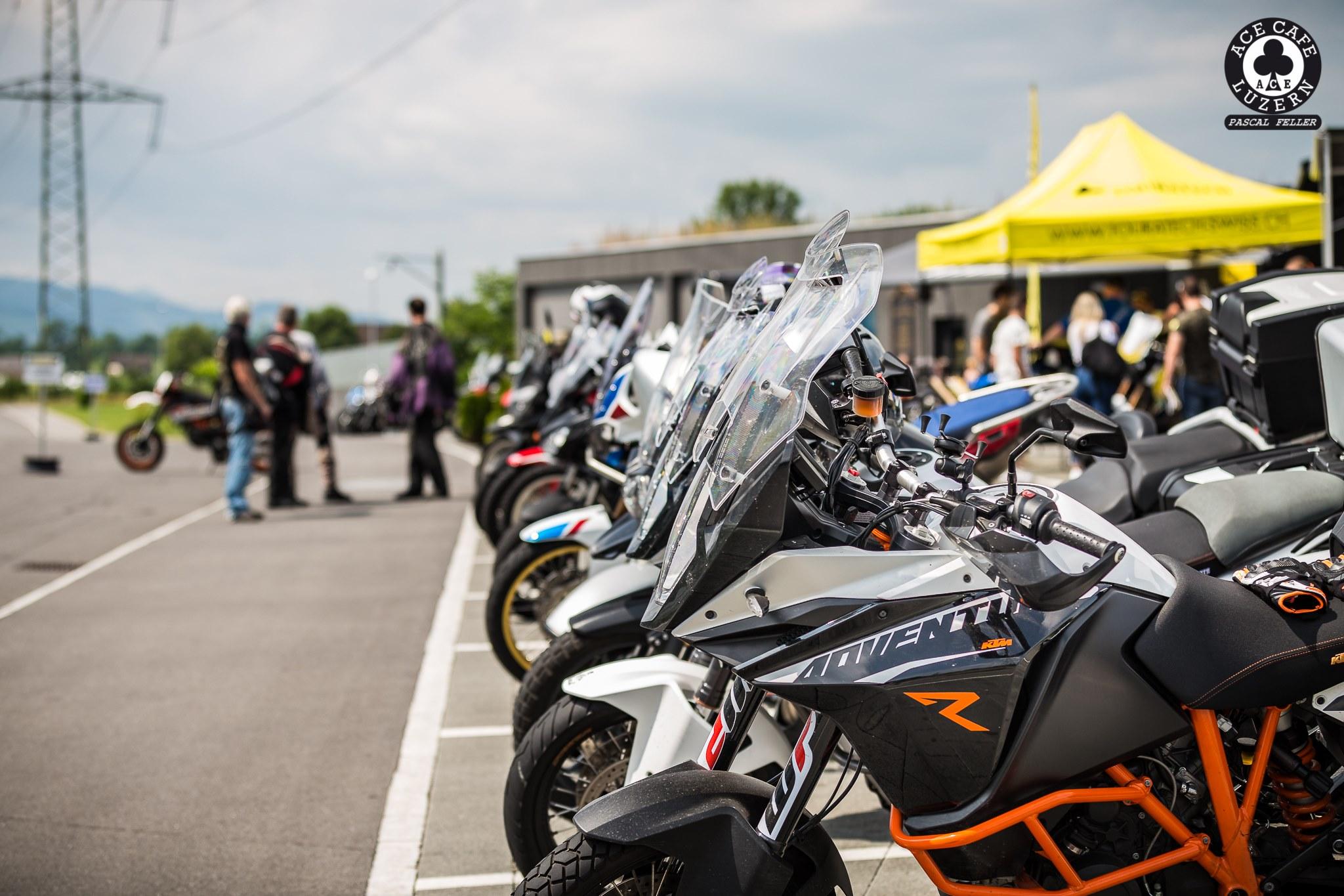 TOURING & ENDURO MOTORRAD-MEET