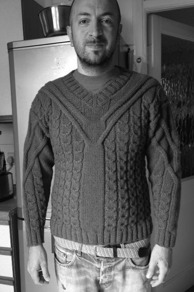 Hand-knitted sweater made with our Khangai noble yarns