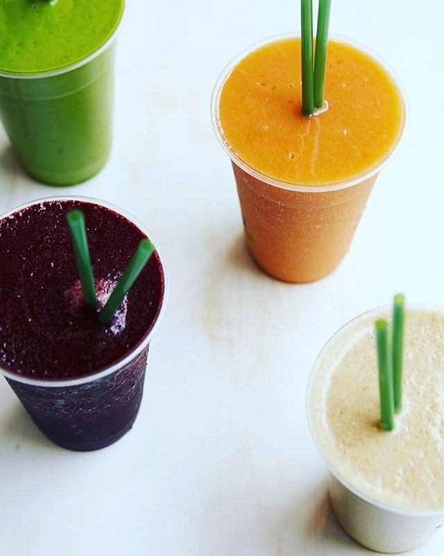 Taking the smoothie with the rough! You'll find our full range of smoothies in @joesdublin . . . . . . . #Friday #FridayFeeling  #smoothies #Alchemysmoothies #GreenBrute #avocado #JoesDublin #JoesLeesonSt #smoothiesdublin #juicing #smoothies #healthyybrekkie #greenbrute #healthybreakfast #smoothie #dublinbrunch #healthyjuices #saladdays #irishfitfam #healthyeating #food #healthy #fitfam #healthyliving #healthyfood #dublinfood #juice