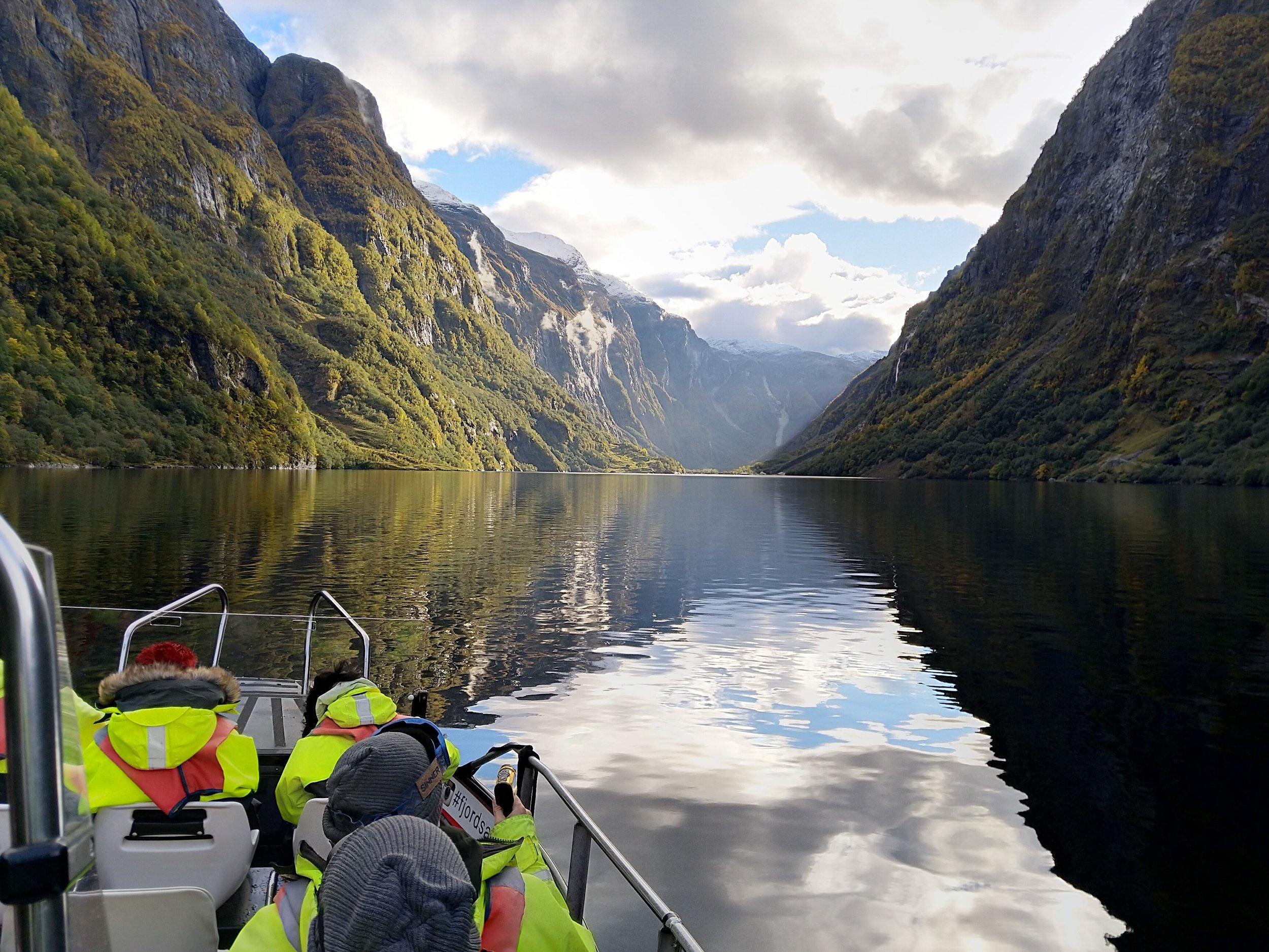 Nærøyfjorden haust 2  Erik Giskeødegaard.jpg