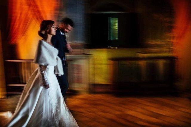 #weddingphotography #weddinginsicily #weddingphotographer #weddinginitaly #blackandwhite#colorphotography #weddingreportage #weddingdress #weddingphotojournalism #love #picoftheday #creativewedding #fujifilm #x-pro #fineartwedding #fijifilmasia #bride #groom #photooftheday #moments #enkant #italianwedding #lightandshadow #bestweddingshots