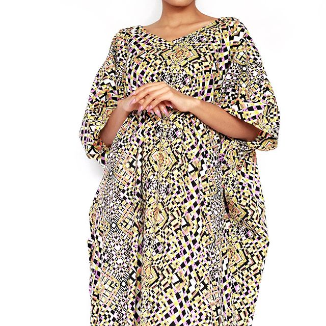Just two left! N30,000 was N80,000 (unbelievable) Fully stoned grand Kaftan! Amazing head turner! ✨✨✨ Made by our local artisan in Abuja Nigeria. Our fabrics are exclusively designed by Randmas. This means you won't find our designs anywhere else in the world. With Randmas you get authentic exclusive prints for a very affordable price!  Available on www.randmas.com  #randmas #kaftan #boubou #grandboubou #printstudio #africantextiles #africanfabric #ankarafashion #abuja #buynigerian #artisanal #africanwax #surfacedesign #surfacepattern #geometric