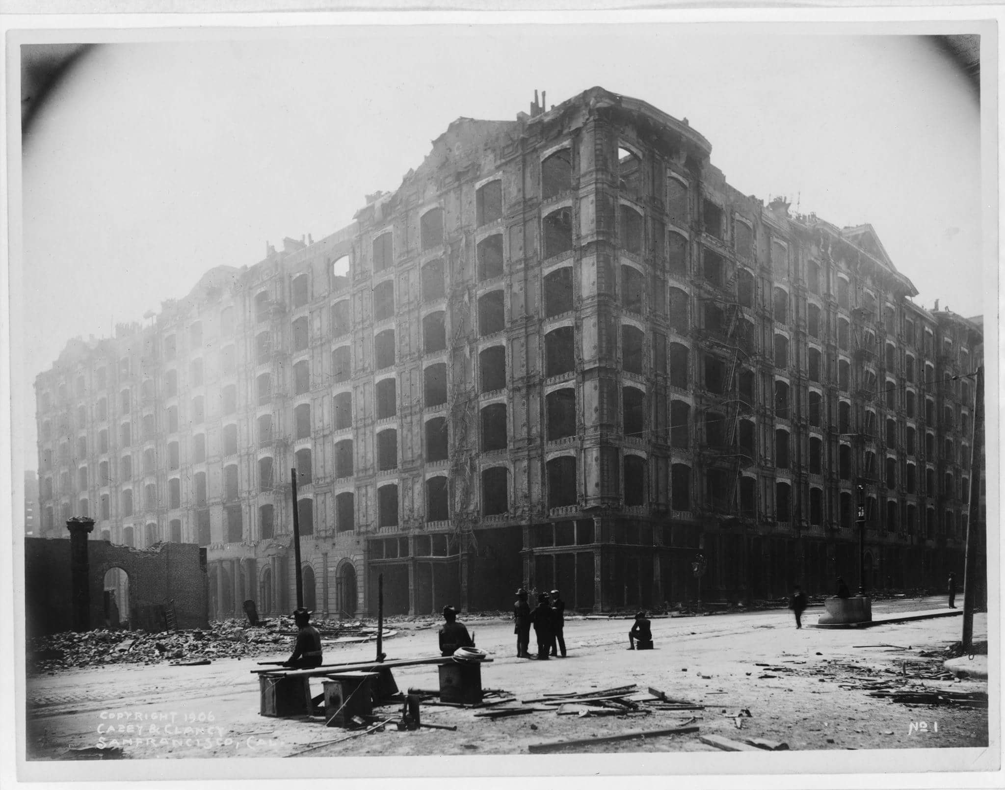 After the quake, fires destroyed the Grand completely and left the Palace burned out and structurally unsound. Was reopened after being rebuilt in 1909.