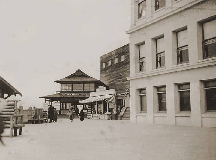Japanese Tea House at the Cliff House 1917