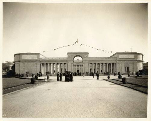The Legion of Honor Museum is modeled after the 1915 French Pavilion from the PPIE