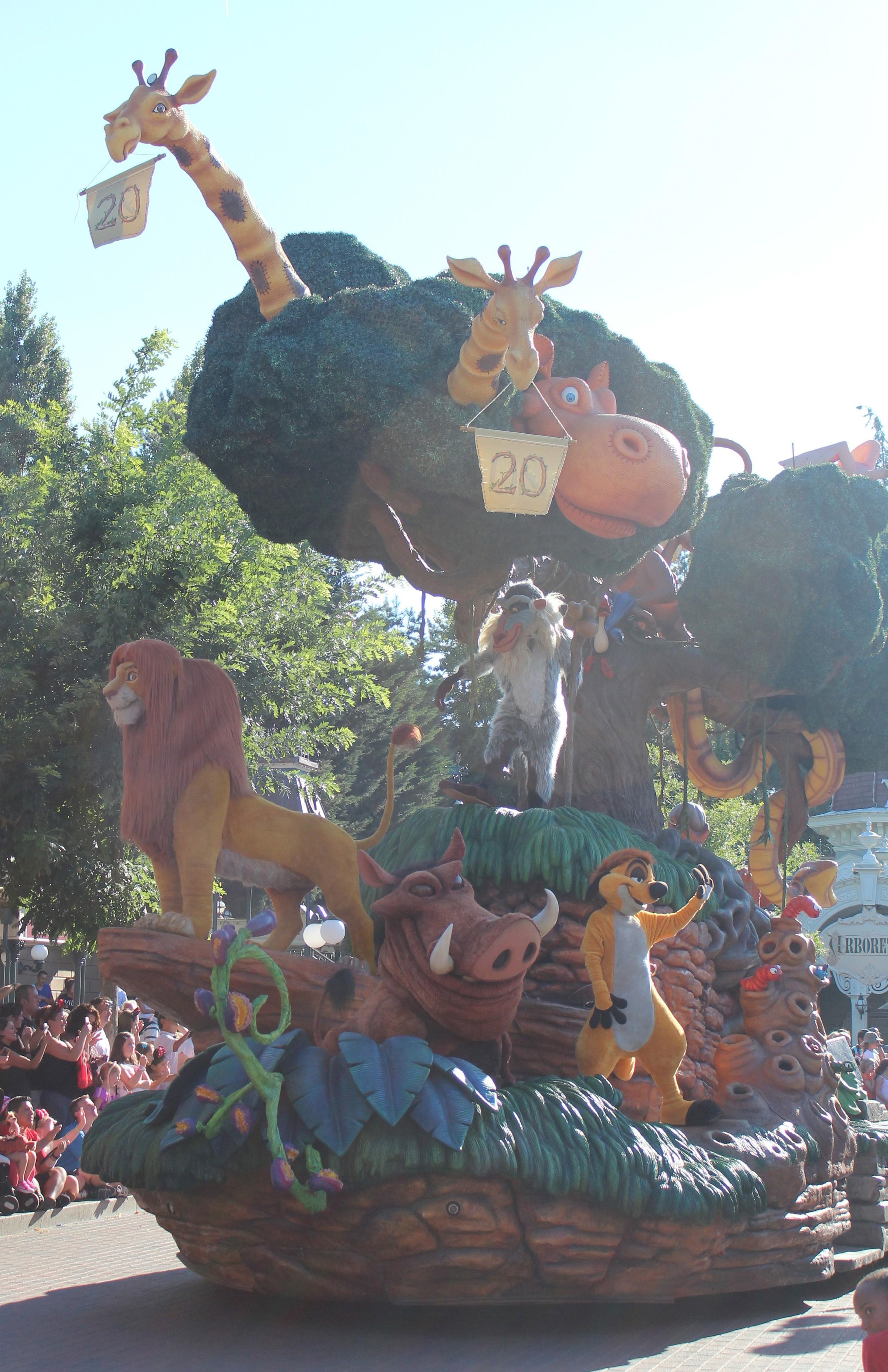 Lion King Float Disney Paris