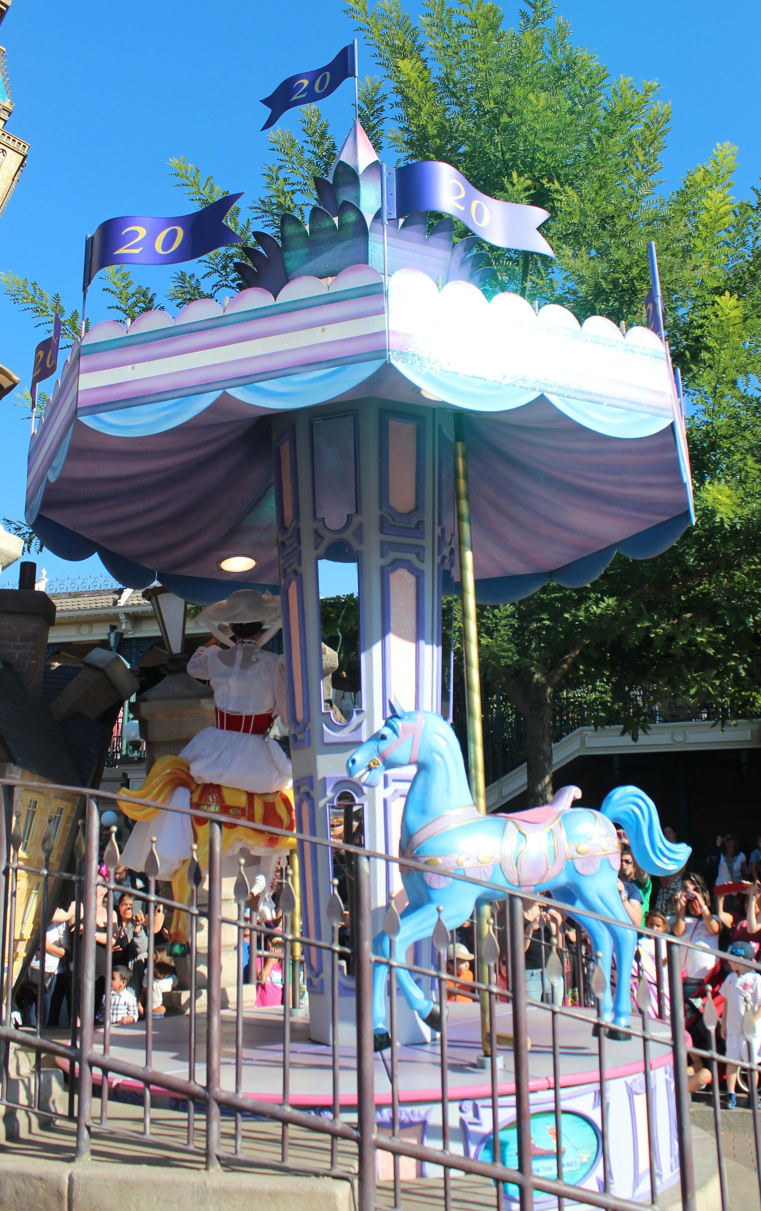 Mary Poppins Disney Paris Float