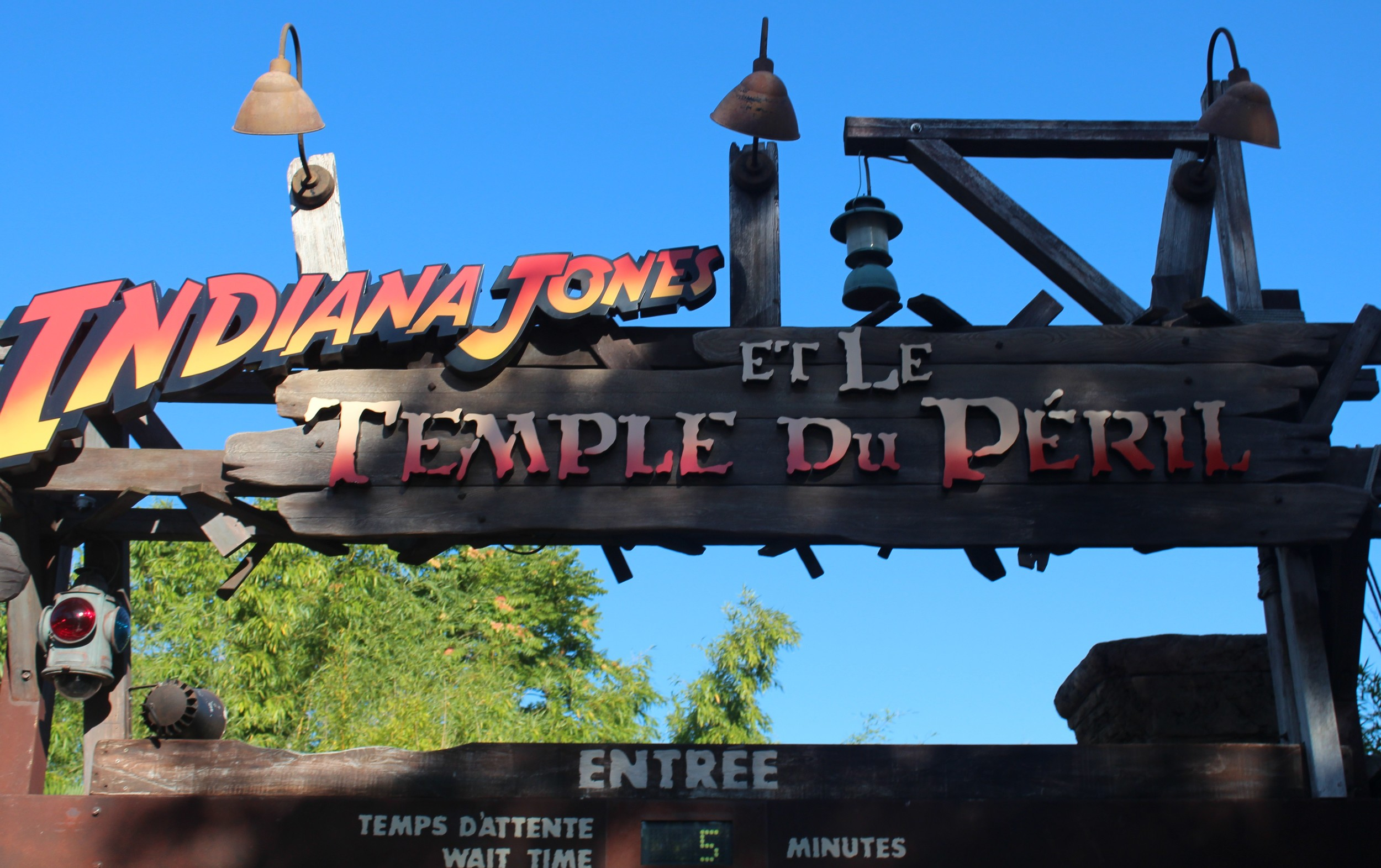 Temple Du Peril Paris Disney