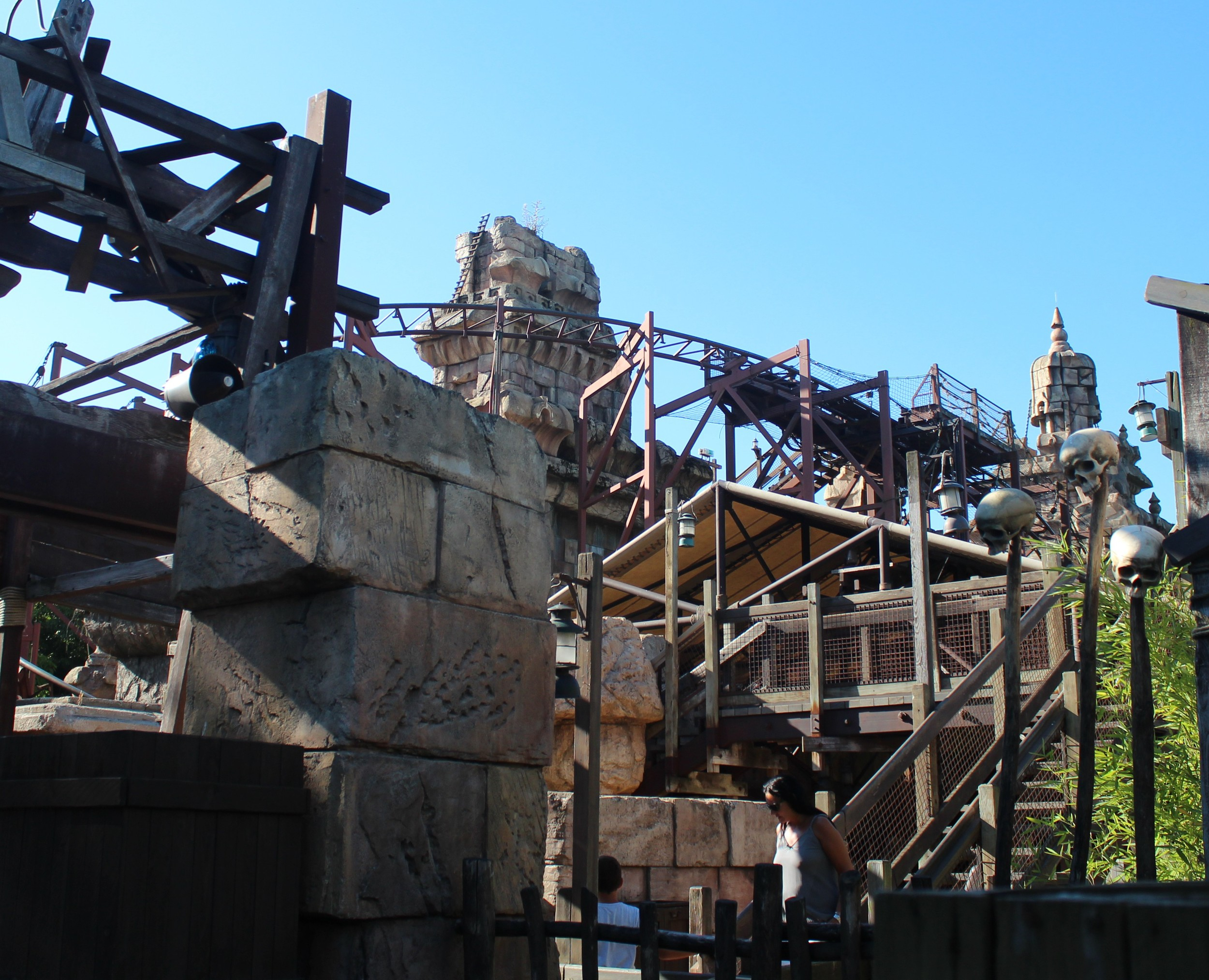 Temple of Doom Coaster Disney Paris