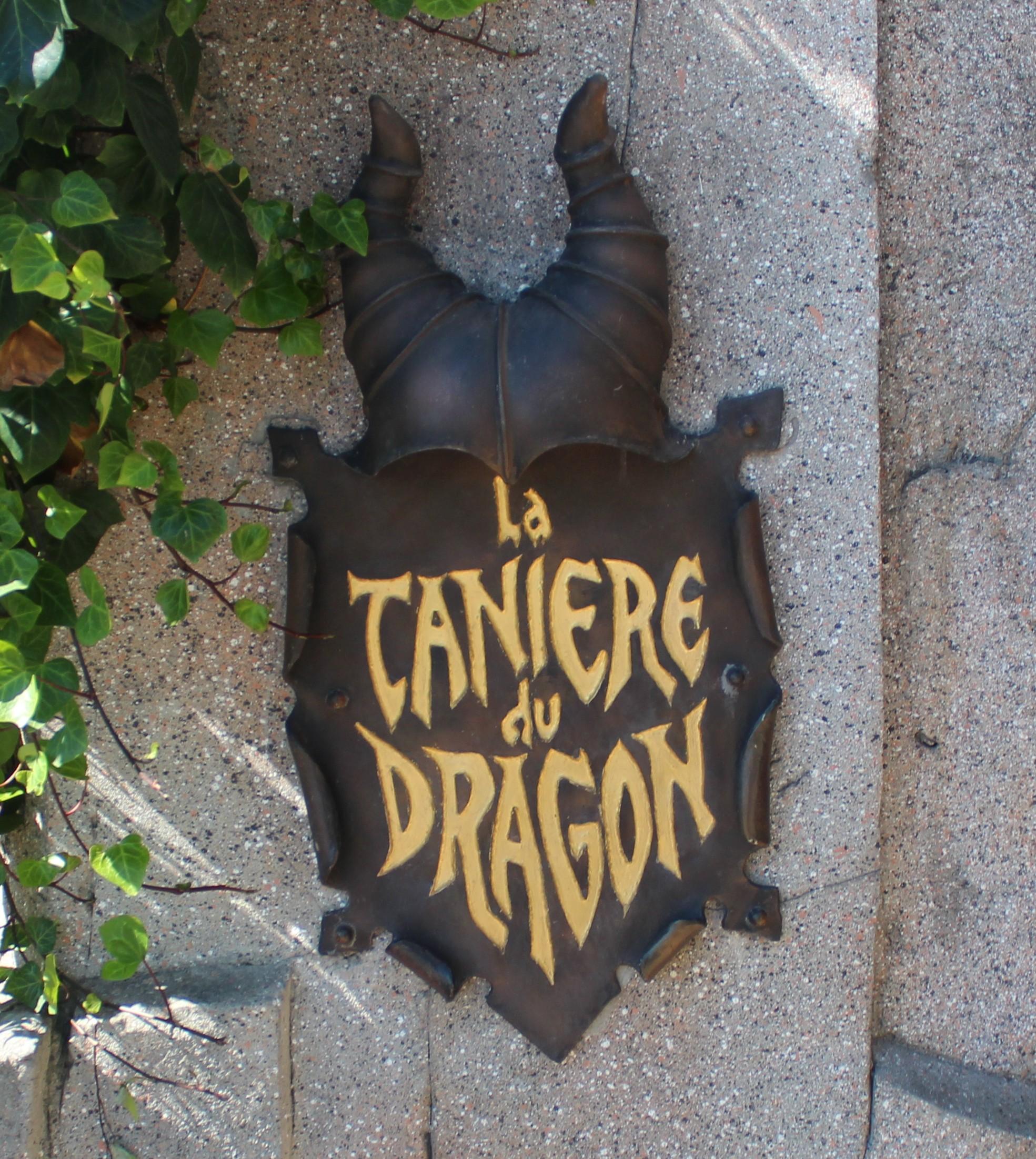 Dragon Disneyland Paris