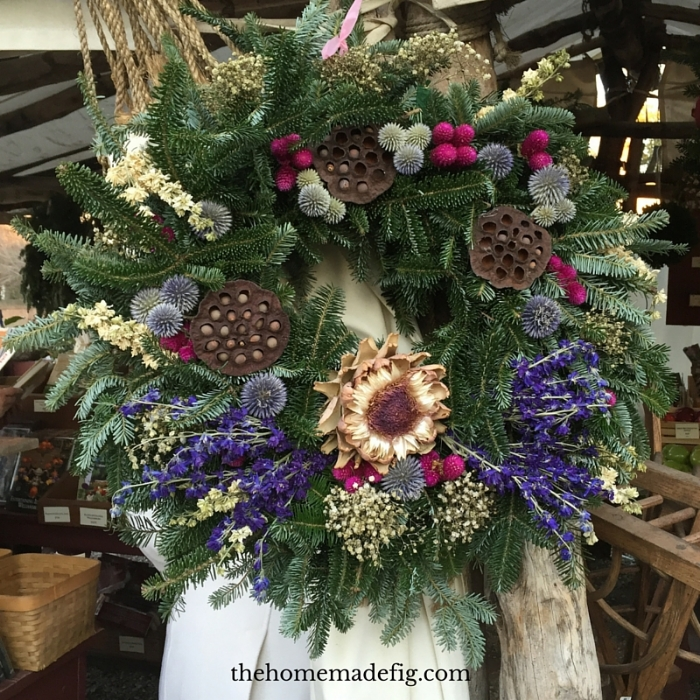 This was on display for purchase in the garden shop at CW. I love the flowers they chose - a very un-Christmasy feel - which is a great reminder that natural ingredient wreaths aren't just for Christmas!