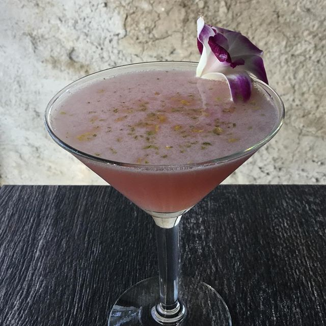 denial in diamond- a jazzy tuesday coming your way with this pomegranate daq
