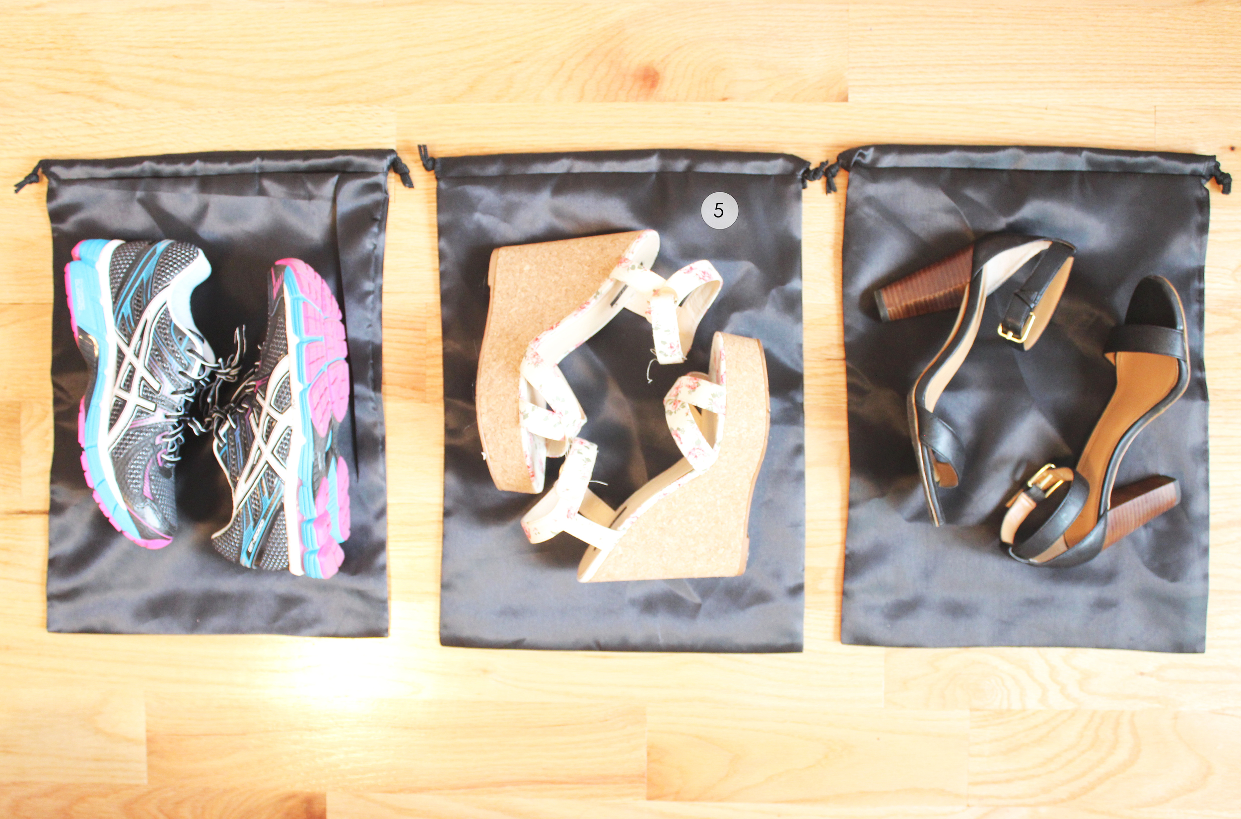 5. Pack shoes with separate shoe containers ( Capital cookware )